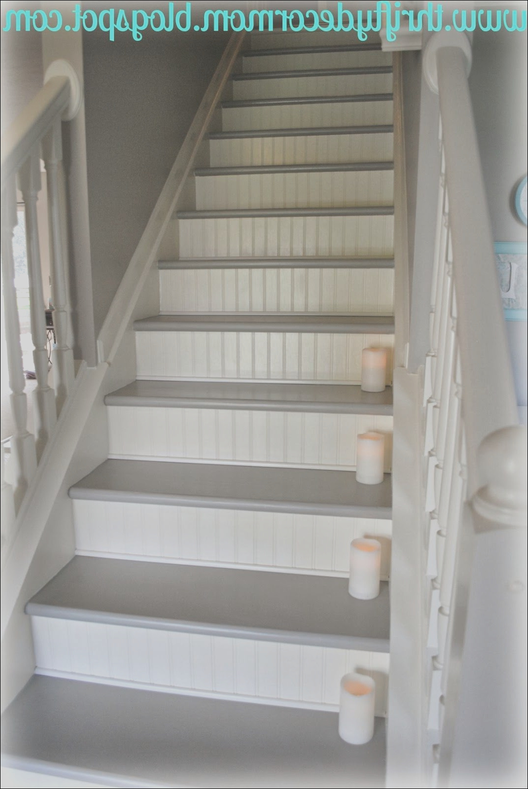 should hardwood floors match stairs
