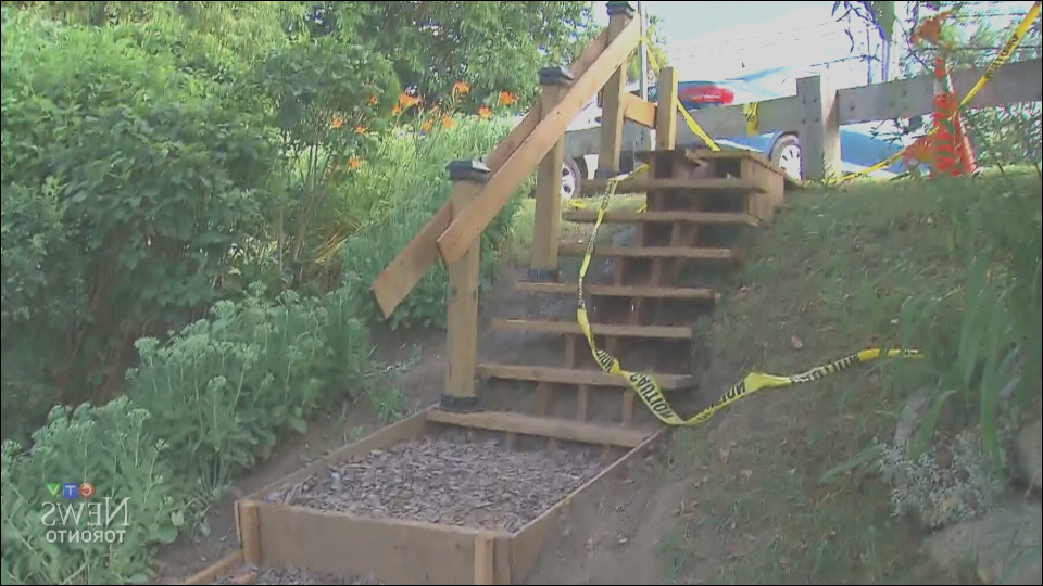 man builds park stairs for 550 irking city after 65 000 estimate 1