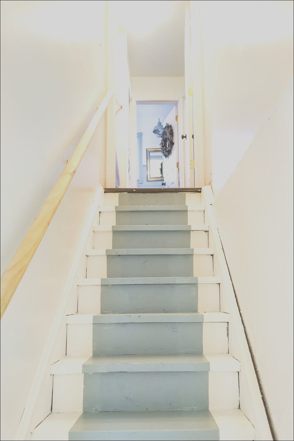 paint basement stairs