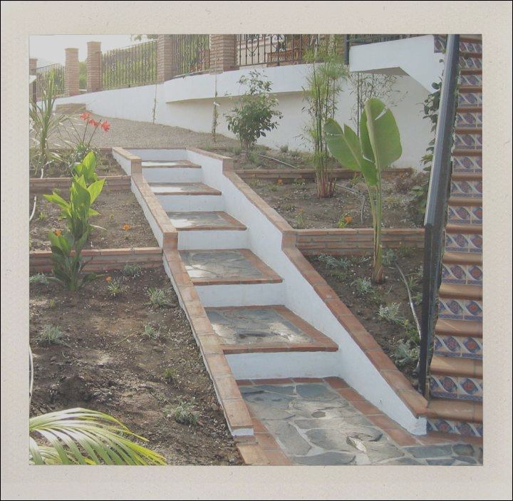 contemporary small garden stairs