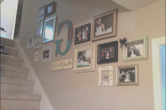 14 Magnificient Decor for Wall Going Up Stairs Photos