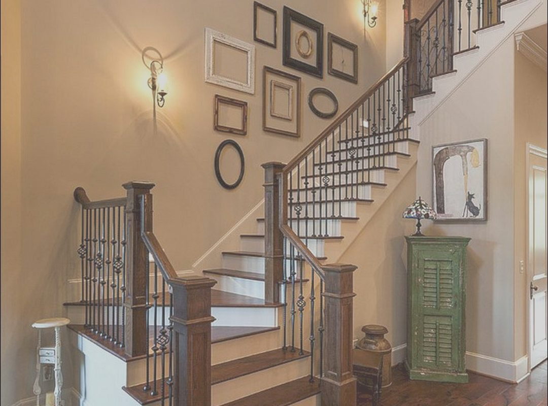 Decor Stairs Wall Unique 65 Awesome Arranging A Stair Wall Ideas
