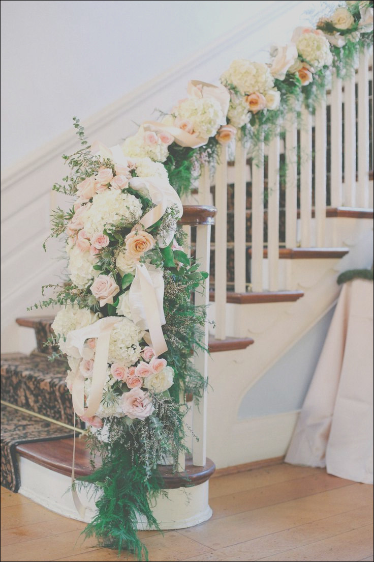 20 best staircases wedding decor ideas