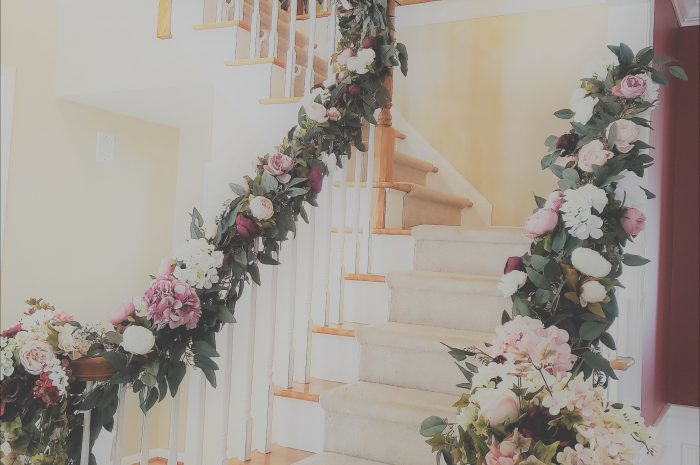 15 Positive Decorate Stairs for Wedding Image