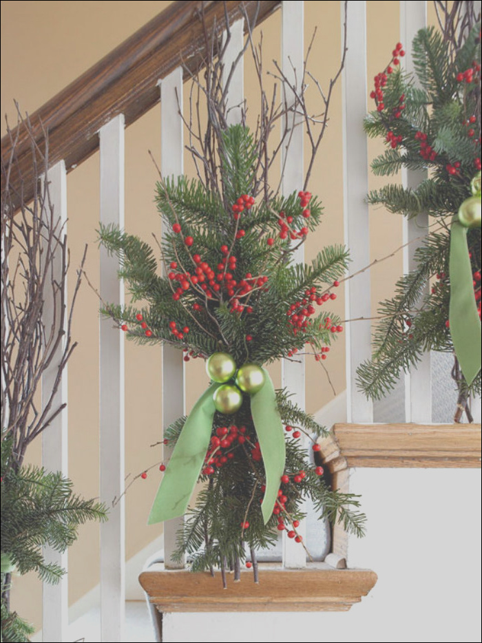 christmas decor ideas for stairs