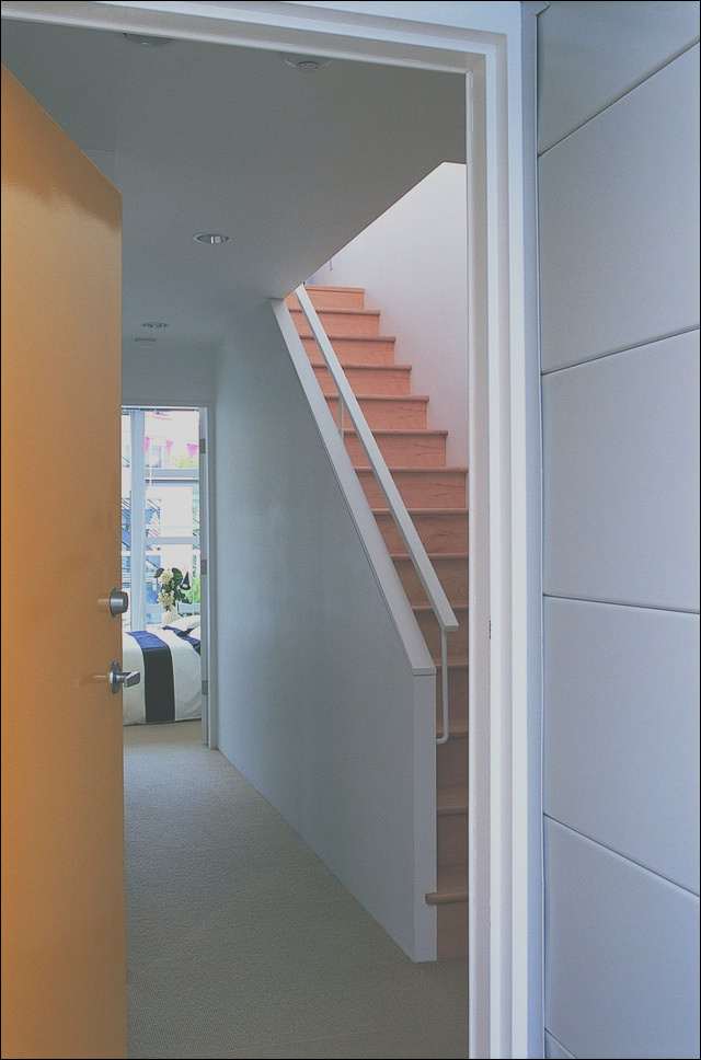 how to open an enclosed stairway