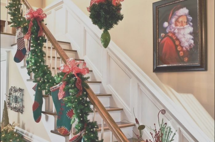 8 Favorite Ideas for Decorating Stairs for Xmas Stock