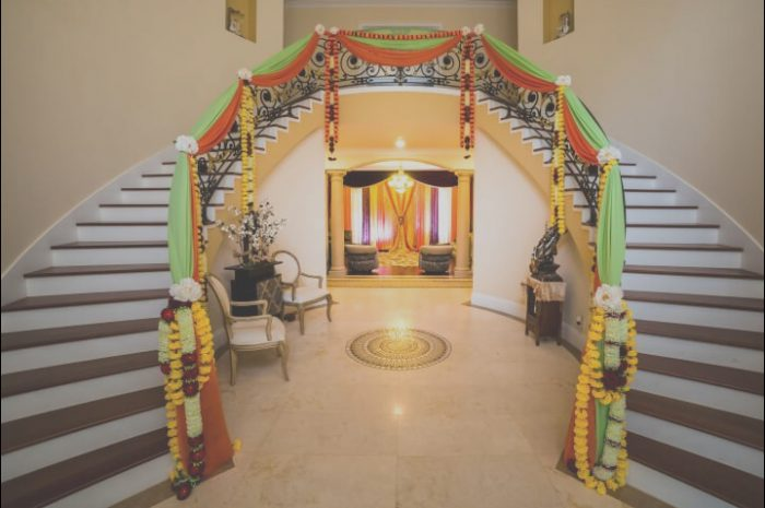 15 astonishing Indian Wedding Staircase Decoration Photos