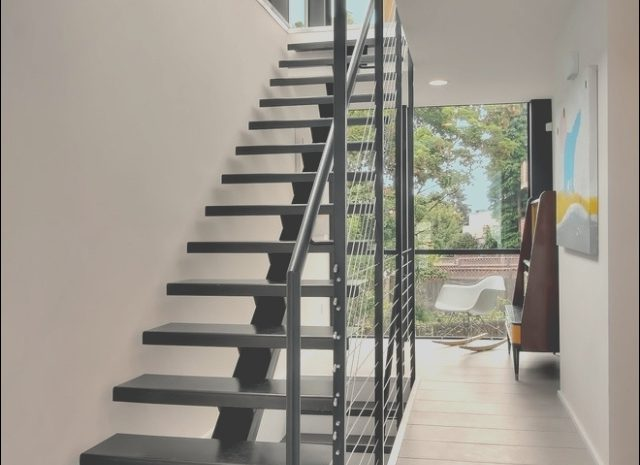 14 Positive Metal Stairs Design Photos