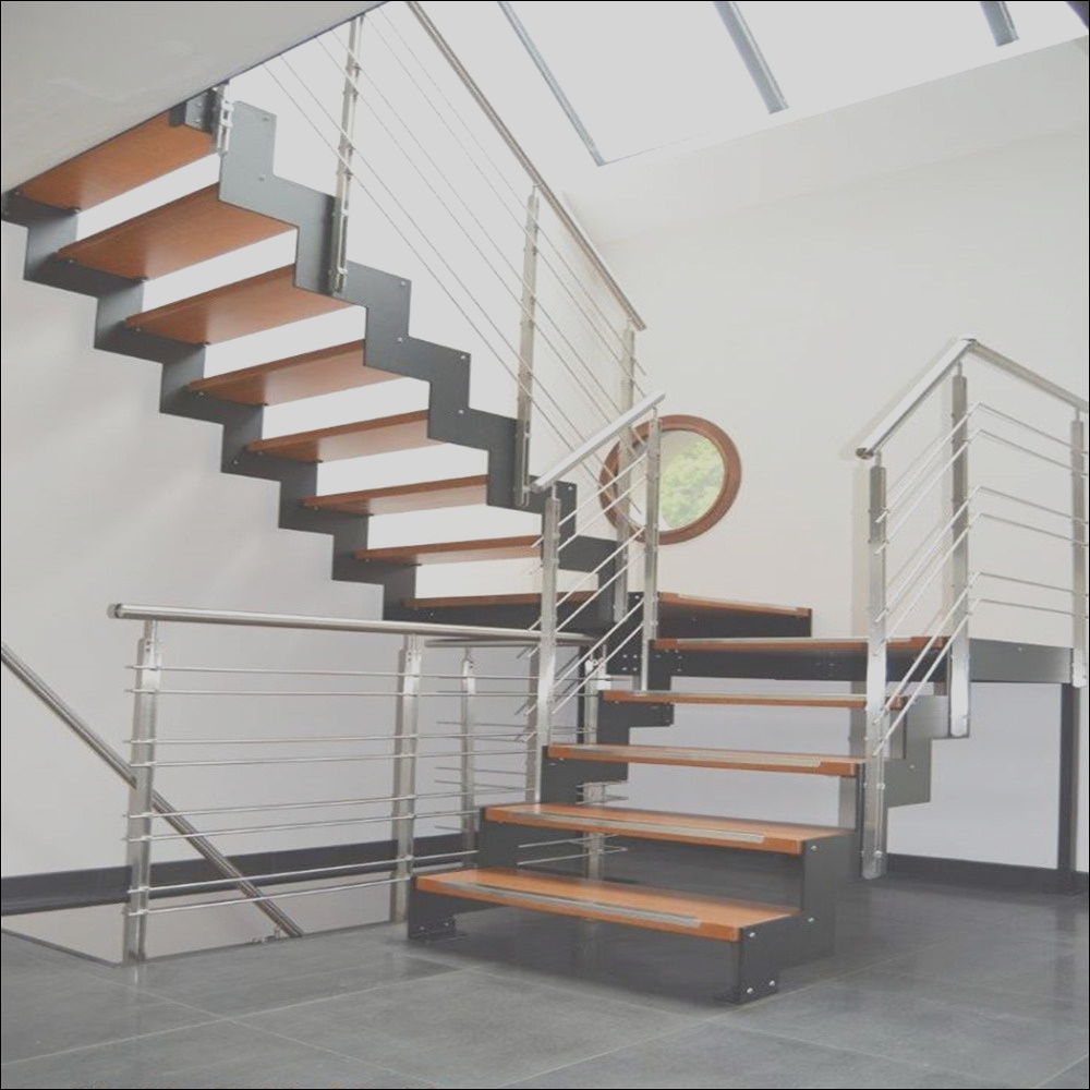 China Stainless Steel Staircase with Solid Wood Steps Cable Railing for Residential House