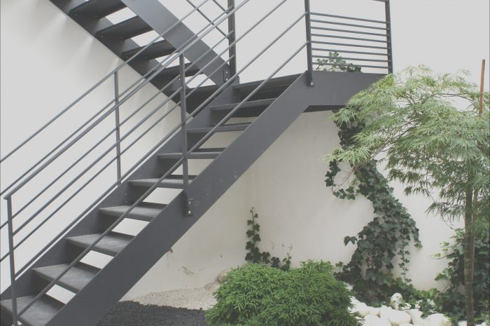 10 Expert Modern Stairs Design Outdoor Images