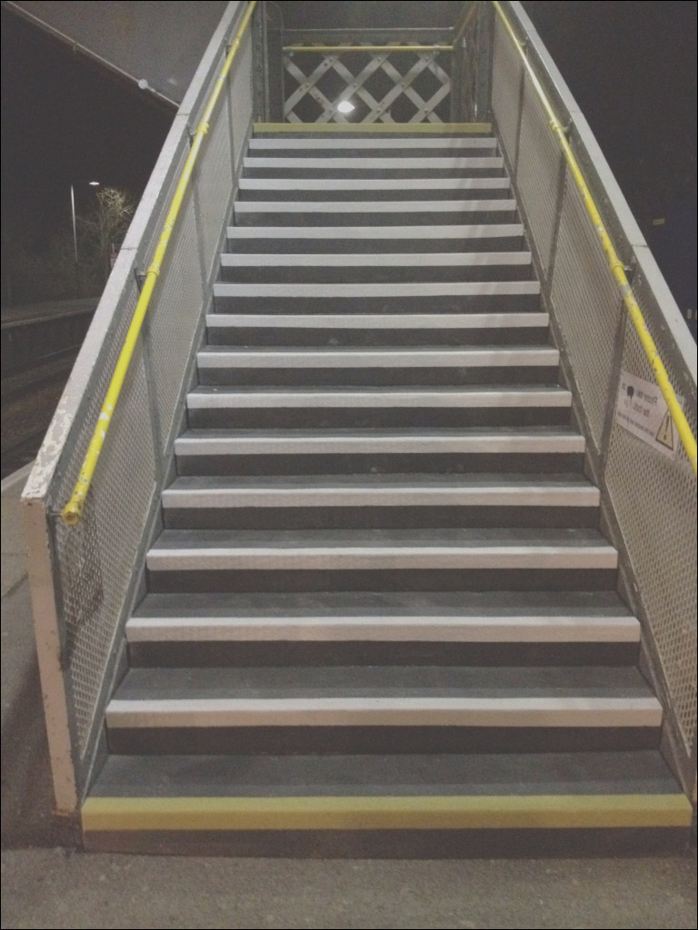 line metal for non slip stair treads ideas