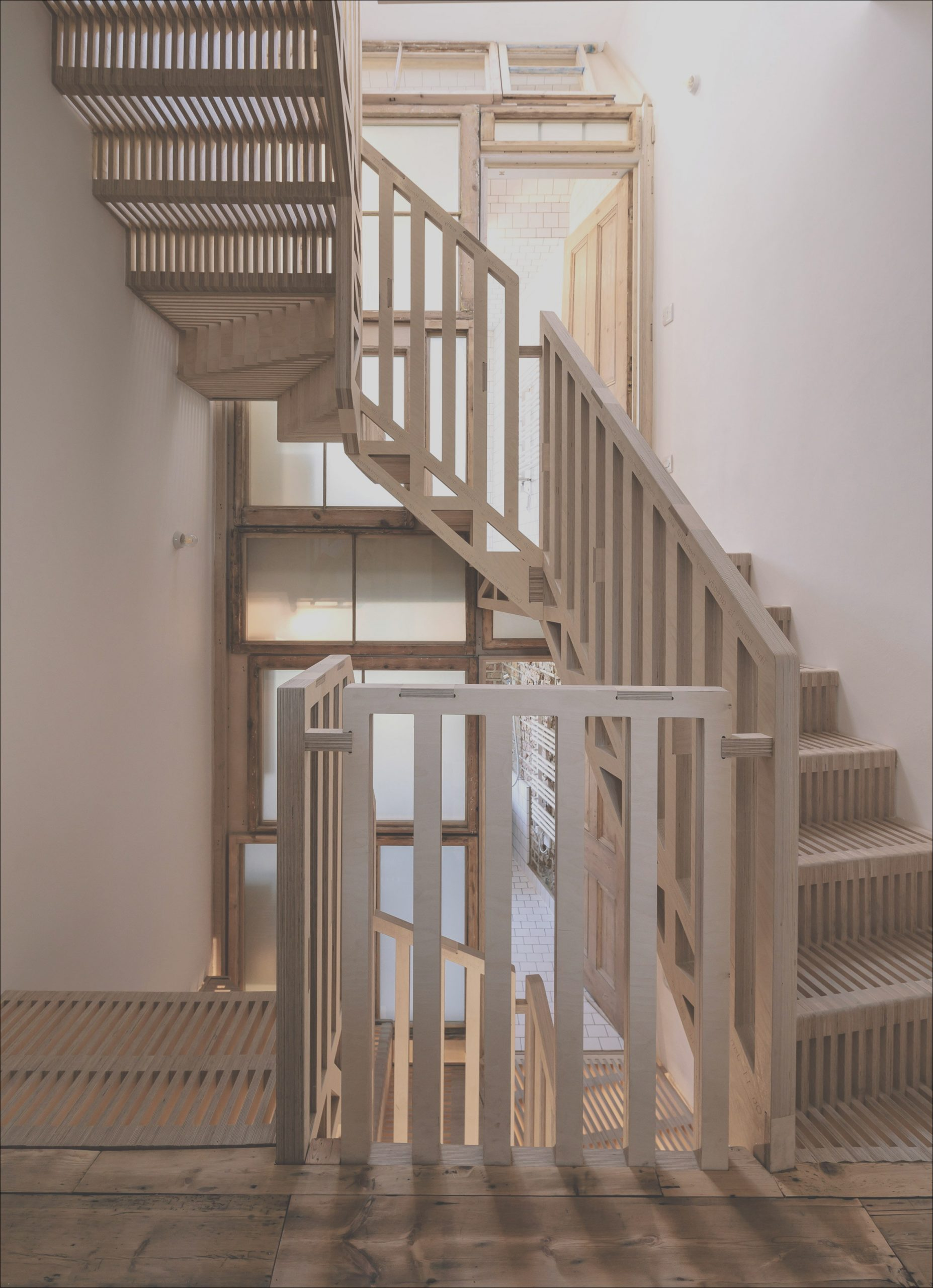 what is the secret of choosing a residential staircase design