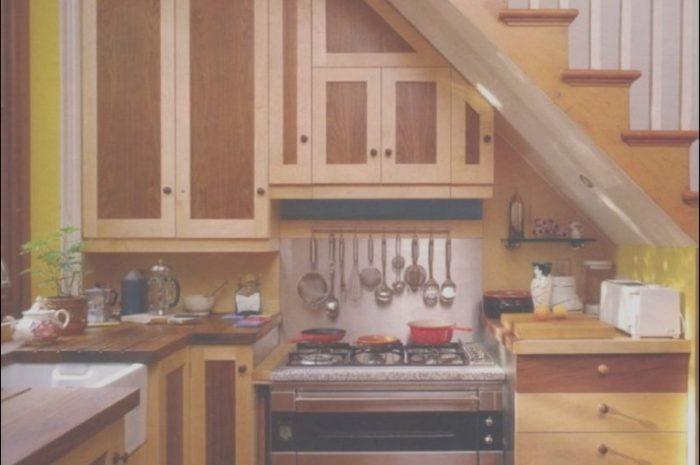 10 Rustic Small Kitchen Under Stairs Ideas Photos
