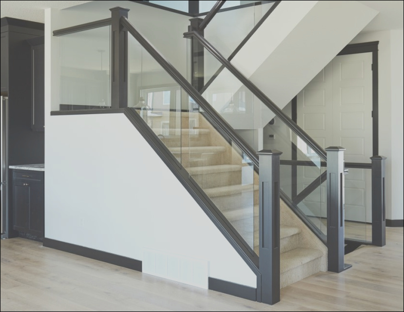 5 things to know about glass railing
