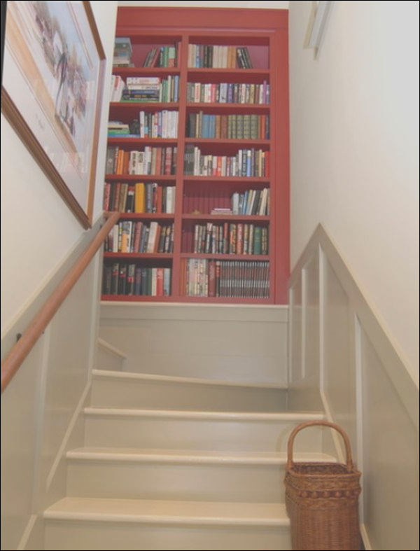 how to decorate landings on stairs 5