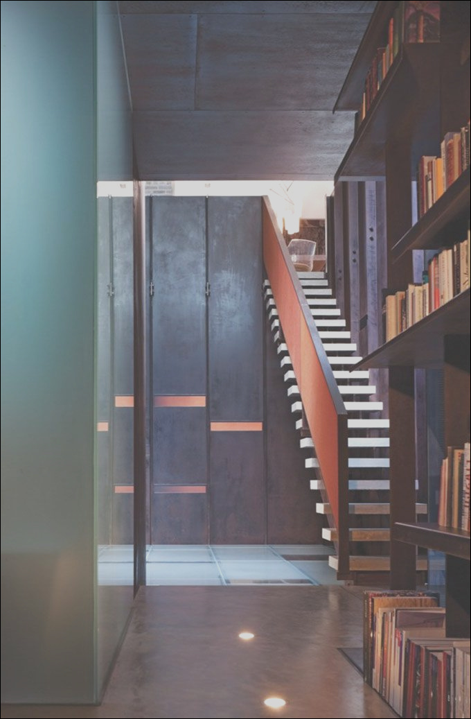 floating modern staircase design