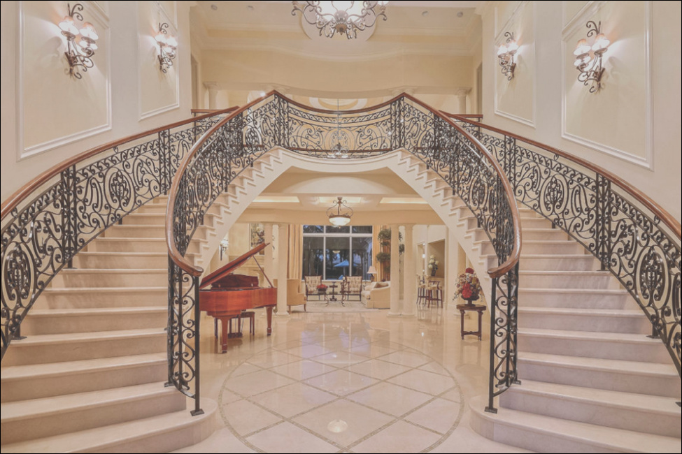 marble as a material for stairways