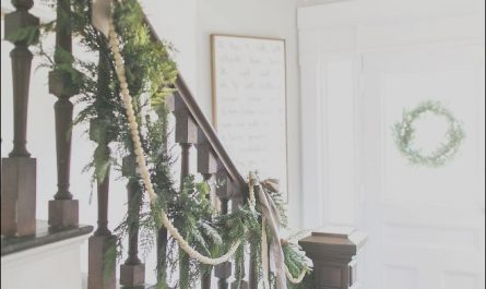 Stairs Railing Decoration New 76 Best Christmas Decor Images On Pinterest
