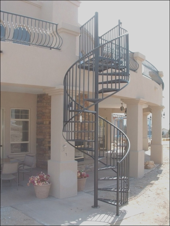 round stairs outdoor