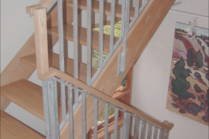 8 astonishing Wood Railings for Stairs Interior Collection