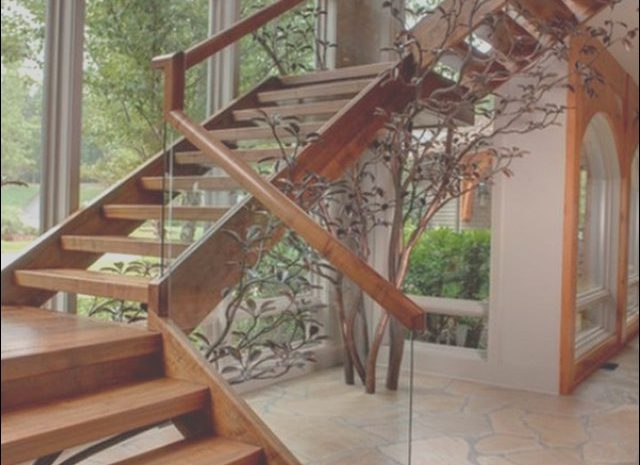 12 Expert Wooden Stairs with Glass Railing Photos