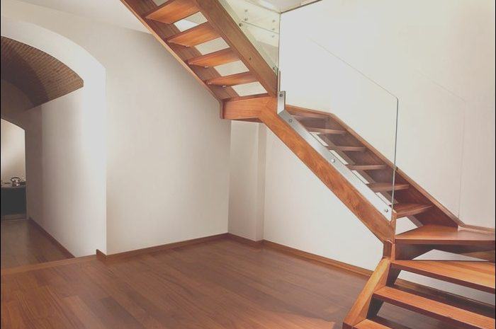 14 Luxurious attic Stairs Decor Photos