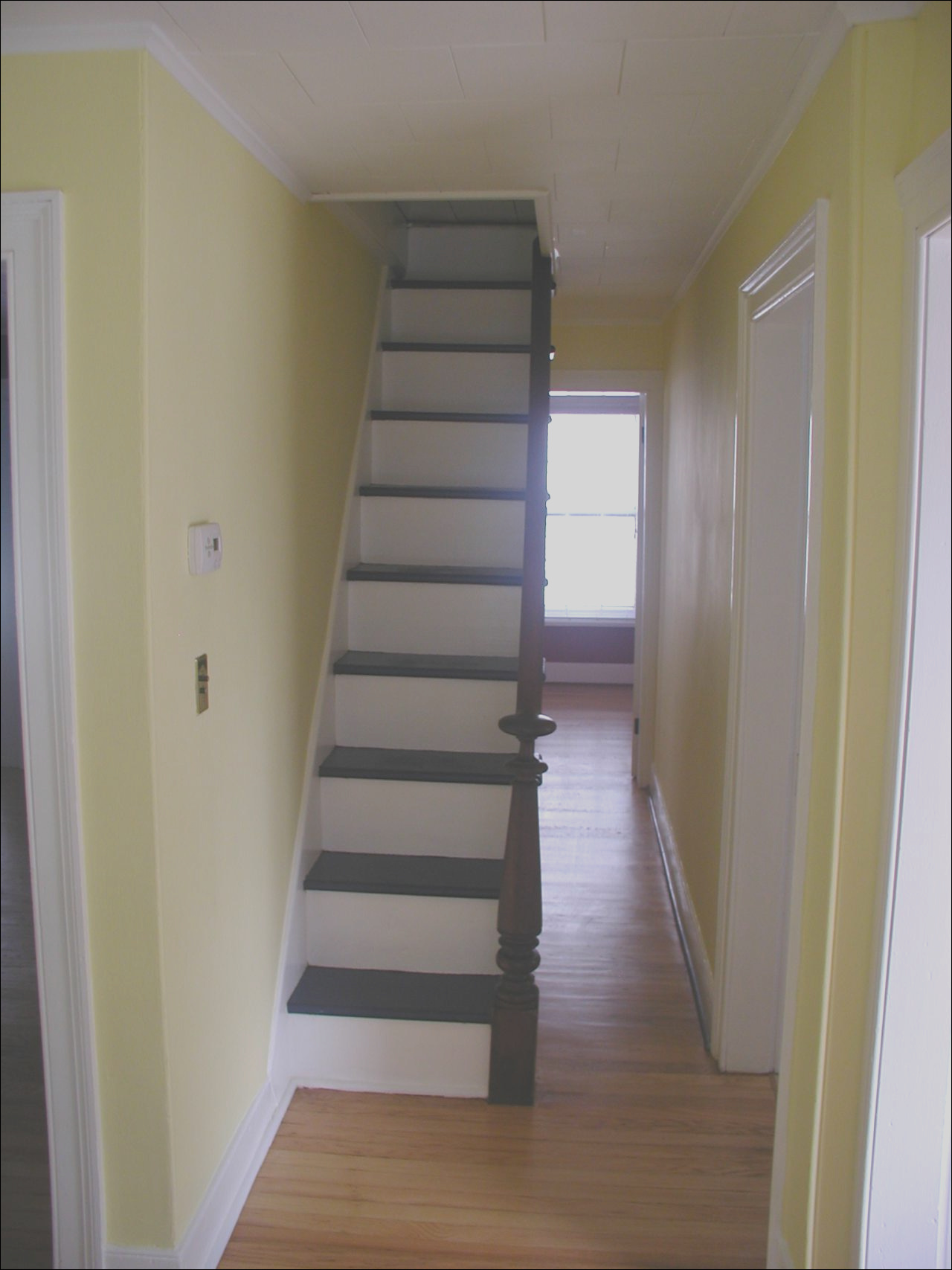 9935 high ceiling attic stairs