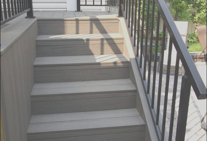 13 Fantastic Deck Railing Stairs Ideas Photos