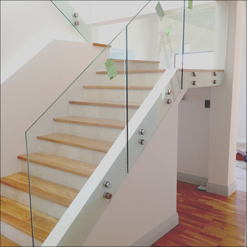China Standoff Glass Balustrade Design for Interior Staircase Fence