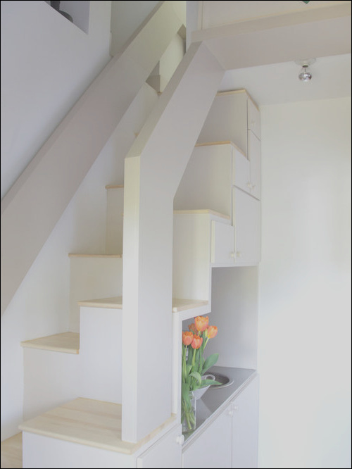 the pros and cons of space saver stairs