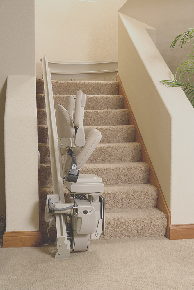 will temporary lift chair rental cause damage to walls or stairs