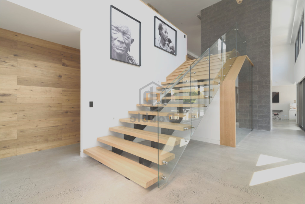China Modern Wooden Stairs Glass Railing Wood Steps Staircase