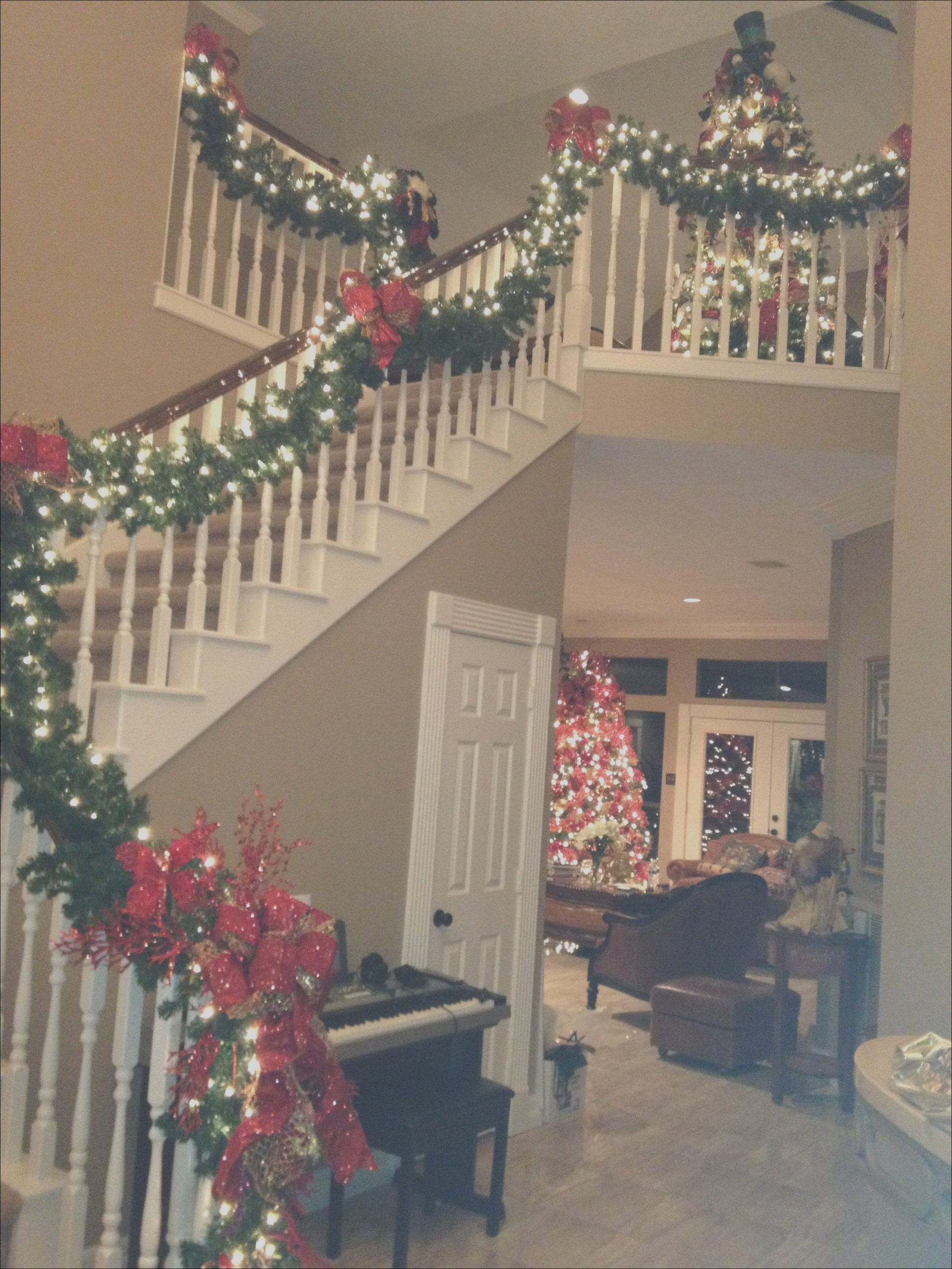 stair christmas decorations